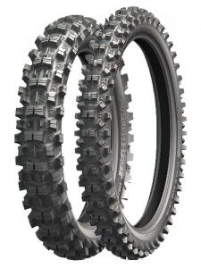 110/100 - 18 STARCROSS 5 MEDIUM [64 M] R TT Michelin